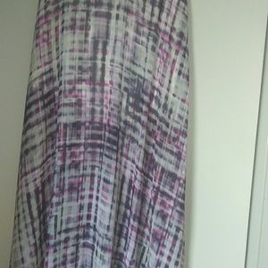A like silk flare out skirt long with a split on